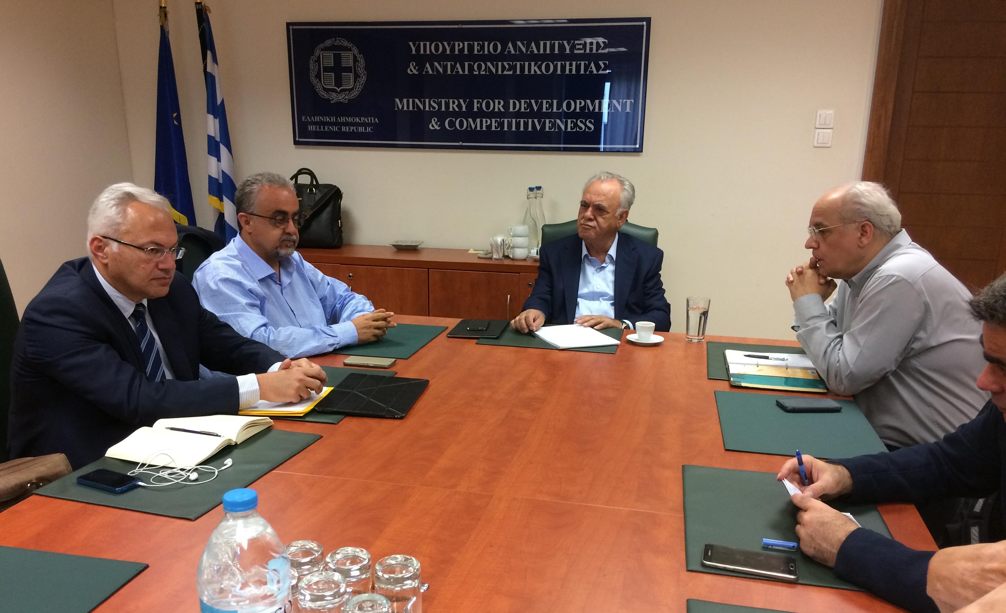 Συνάντηση του Αντιπροέδρου της Κυβέρνησης και Υπουργού Οικονομίας και Ανάπτυξης με τον Αντιπρύτανη του Πανεπιστημίου Κρήτης